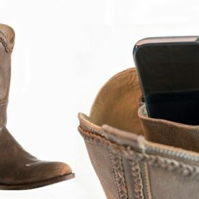 Product Review: Purse'N'Boots by ElizabethAnne